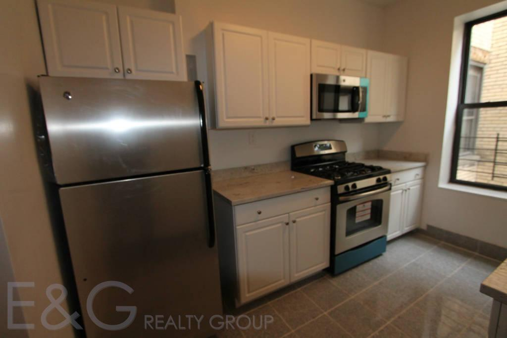 5 Apartment in Hudson Heights