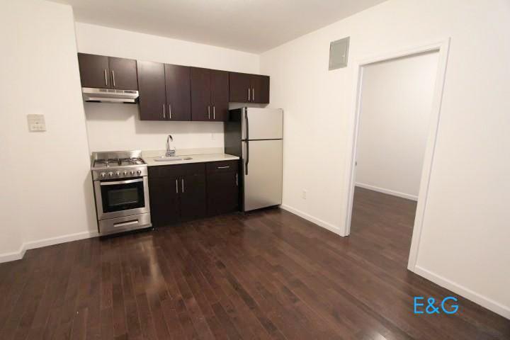 1 Apartment in Inwood