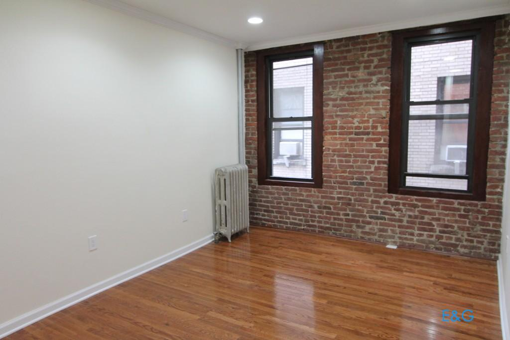 2 Apartment in Hudson Heights