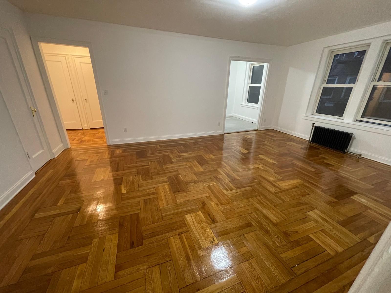 36-40 Bowne Street, Flushing, NY - 1,995 USD/ month