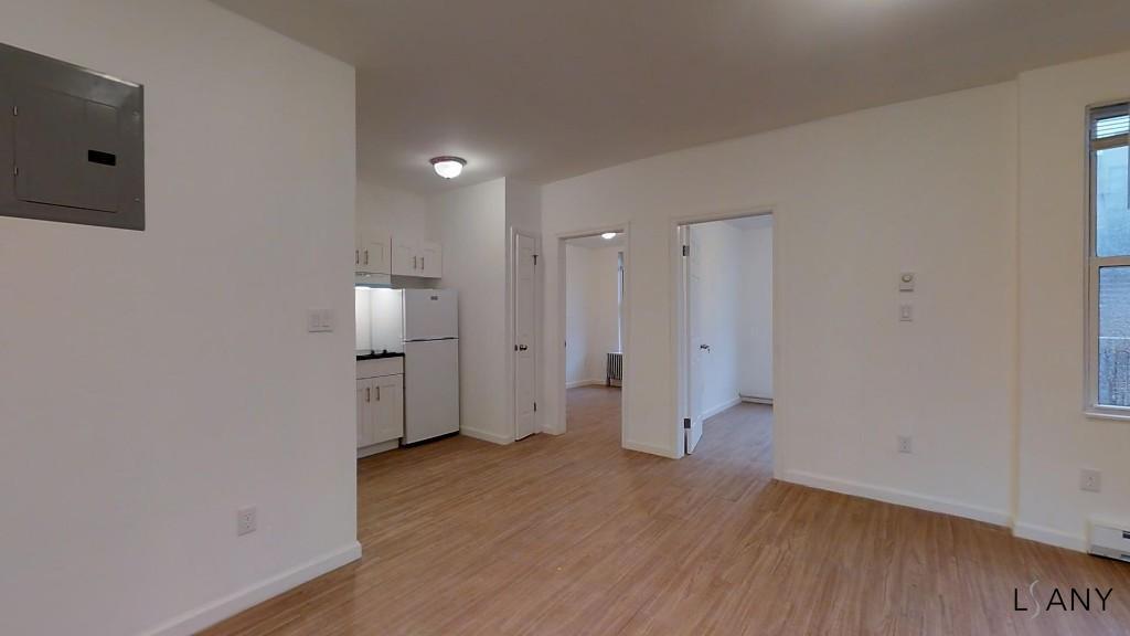 Arthur Ave   Bronx Apartments: Belmont   Little Italy 4