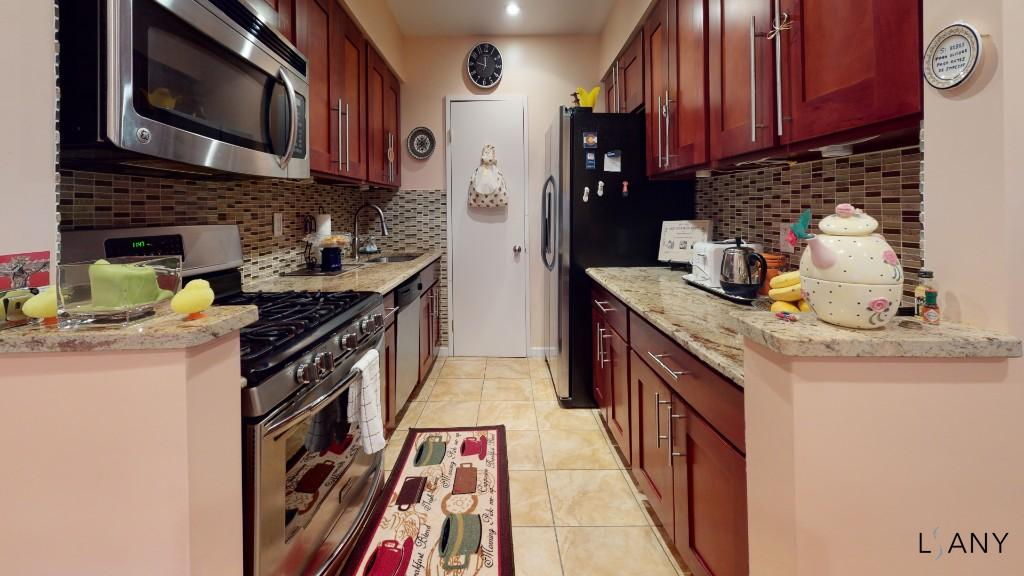 143 43 41st Avenue 6d Flushing Ny 11355 Flushing Coops Flushing 2 Bedroom Coop For Sale