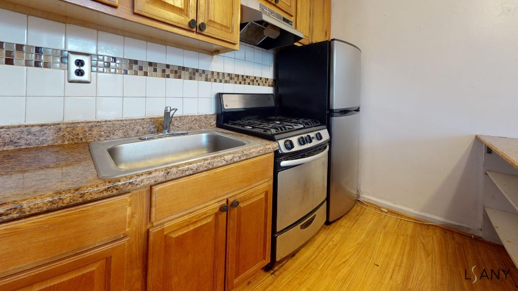 Apartment for sale at 195-22a 39th Avenue, Apt A