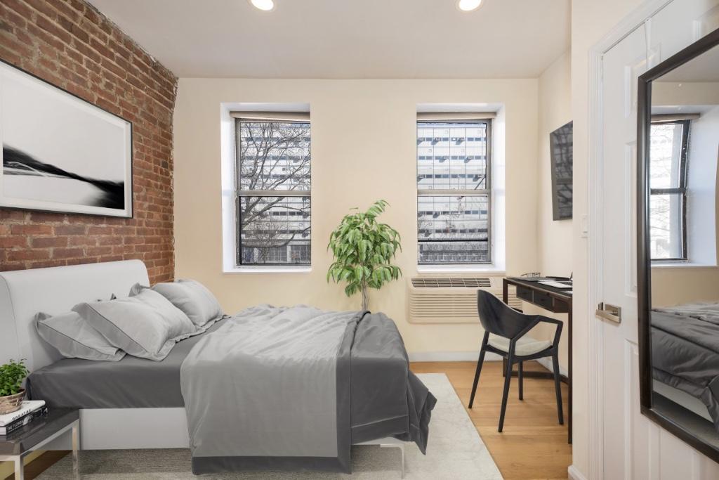 416 West 49th Street Clinton New York NY 10019