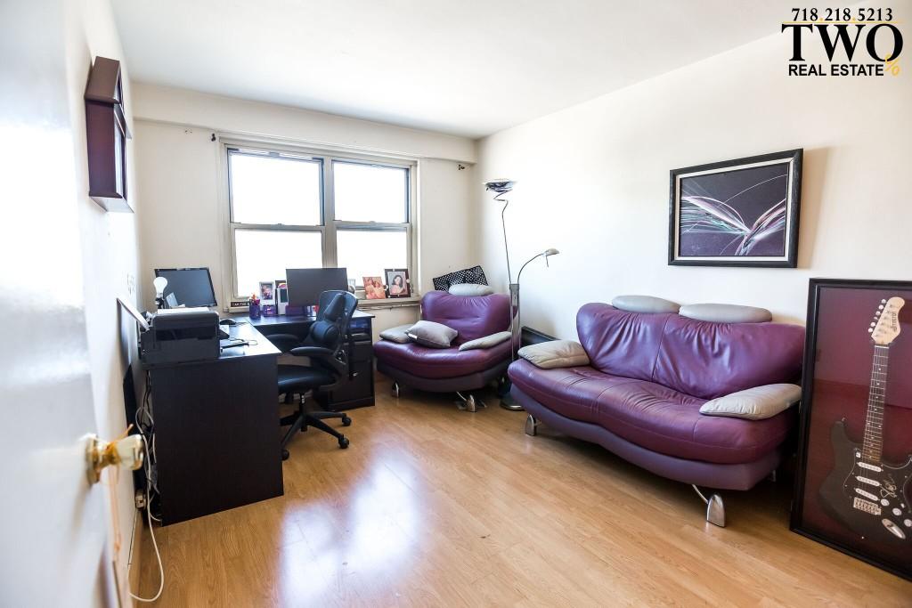 Full 2nd Bedroom