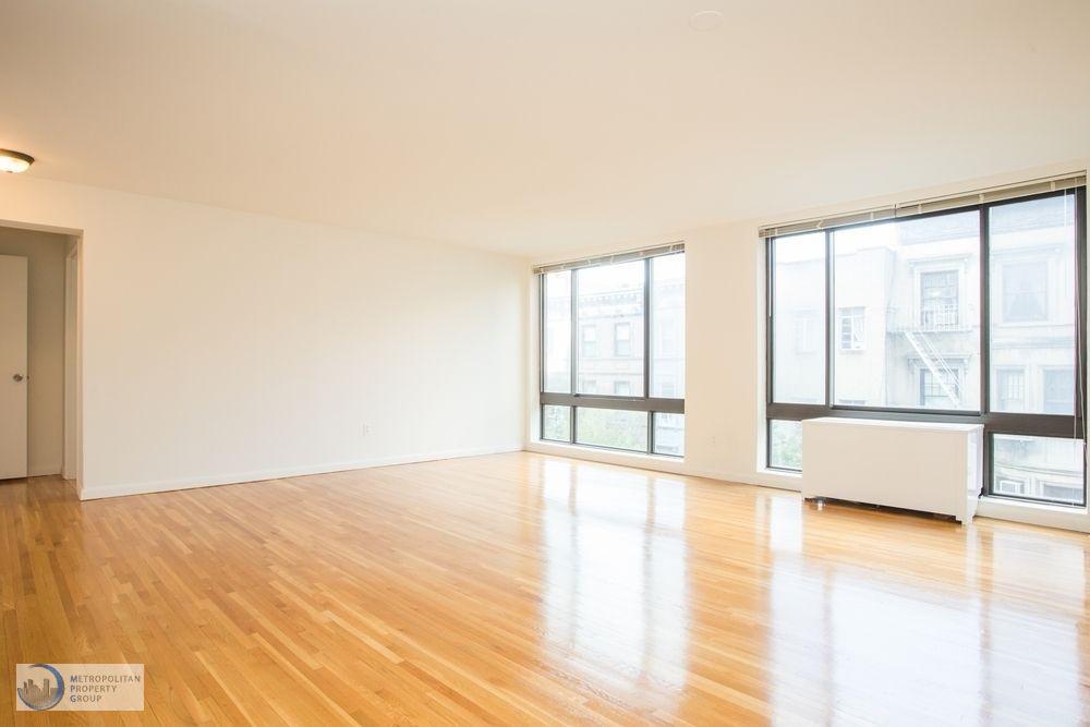 Studio Apartment in Upper West Side