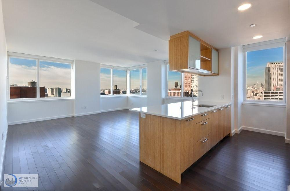 3 Apartment in Battery Park