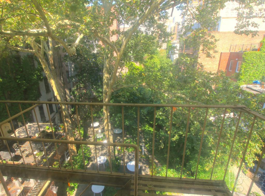 Quiet courtyard views