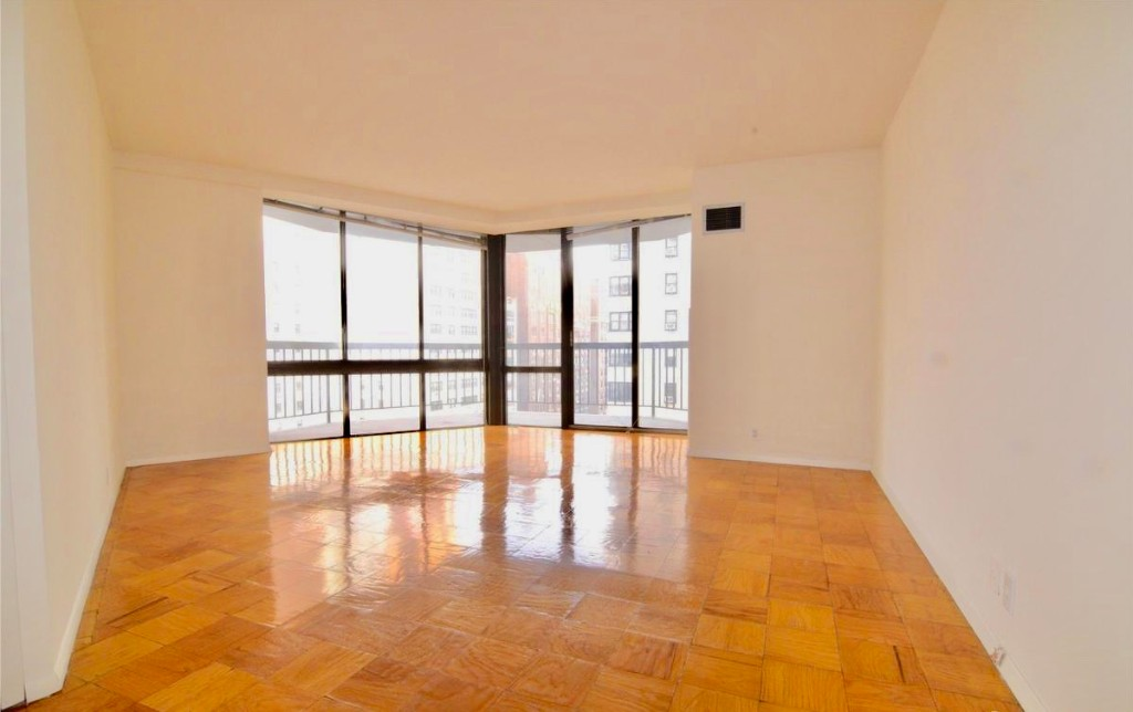 4 Apartment in Sutton Place