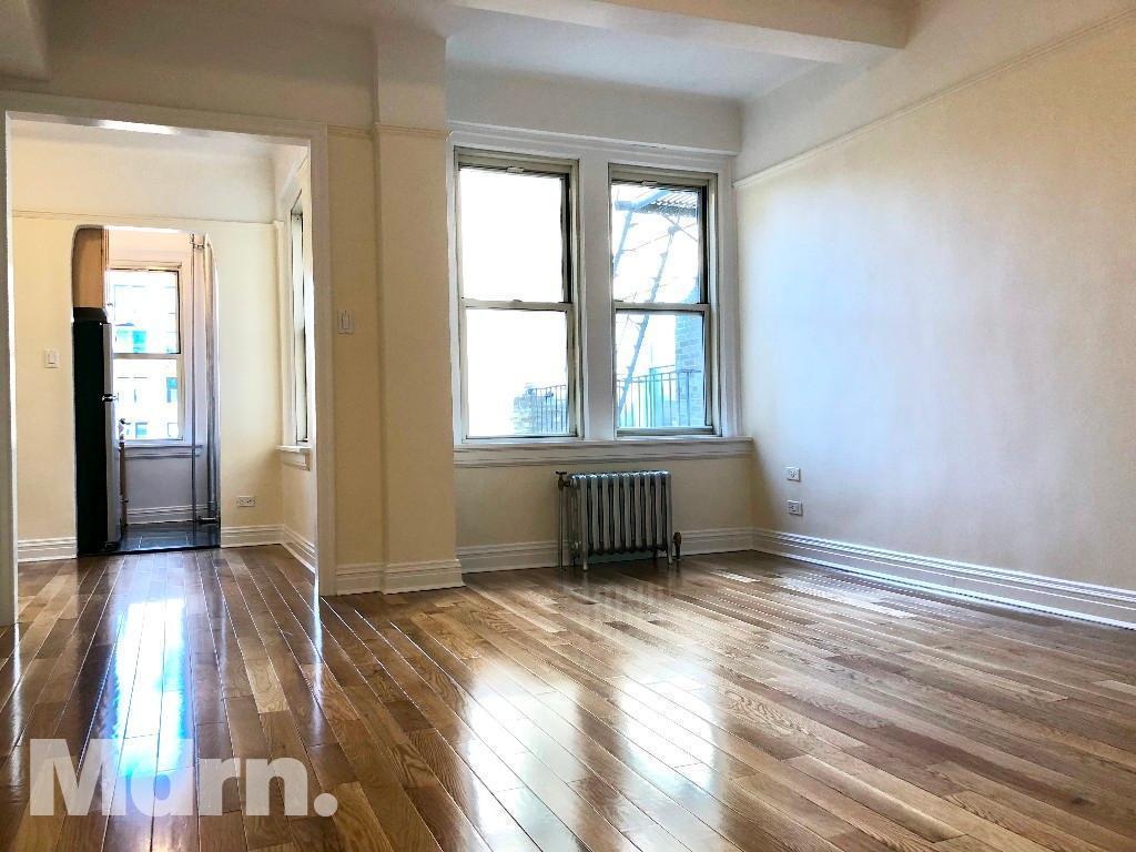 25 East 10th Street 10c Apartment For Rent 3 350 Studio 1 Baths Greenwich Village