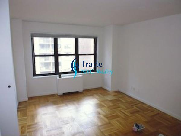 2 Apartment in Midtown East
