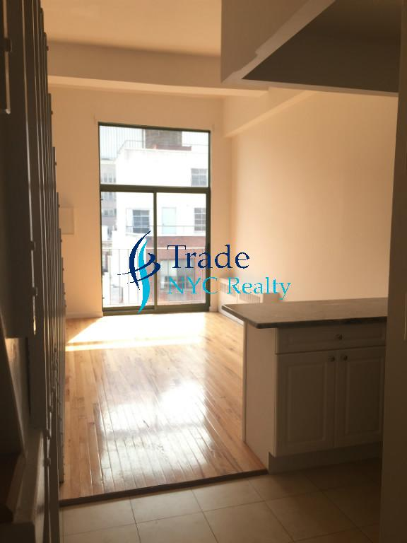 1 Apartment in Gramercy Park