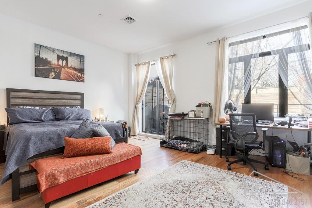 90 Troy Avenue Interior Photo