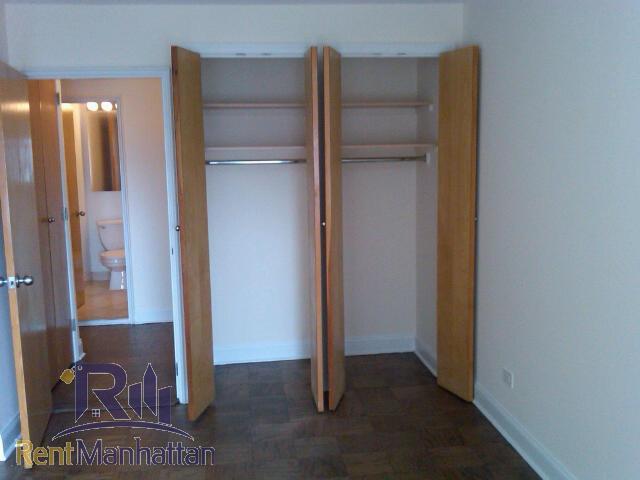 Bedroom1 closets
