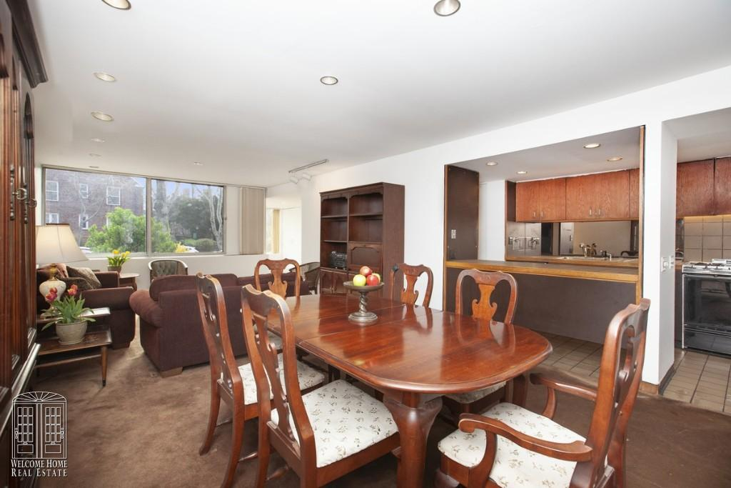 Open Dining room to Living Room