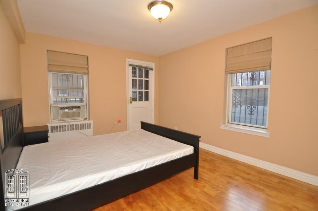bedroom 11'x14'1