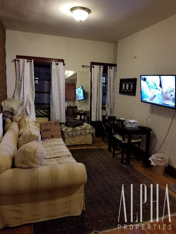 1 Bedroom Apartment in Midtown East