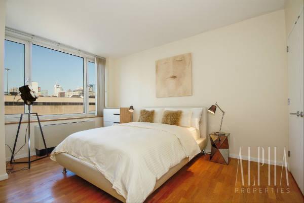 1 Bedroom Apartment in Midtown West