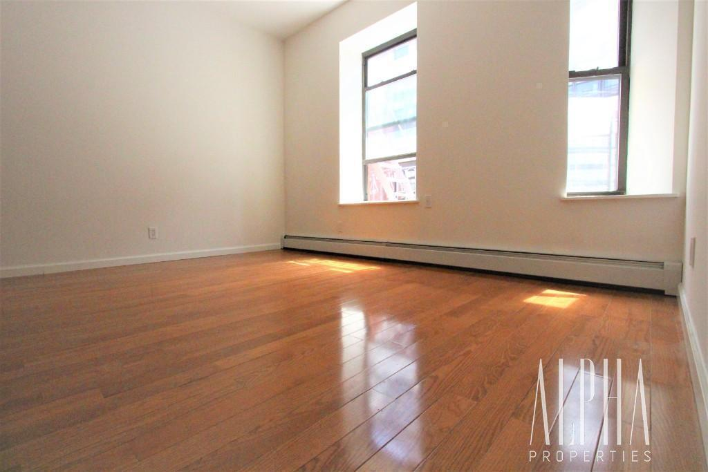 1 Bedroom Apartment in Lower East Side