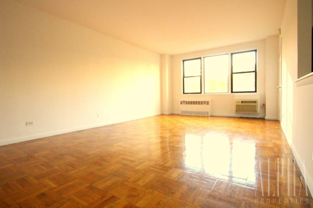 2 Bedroom Apartment in Gramercy Park