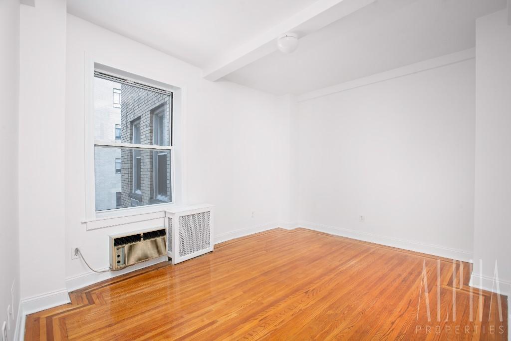1 Bedroom Apartment in Upper West Side