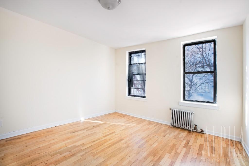 3 Bedroom Apartment in Manhattan