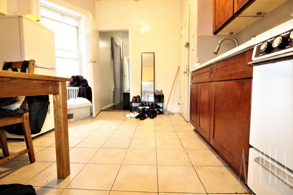 1 Bedroom Condo in Manhattan