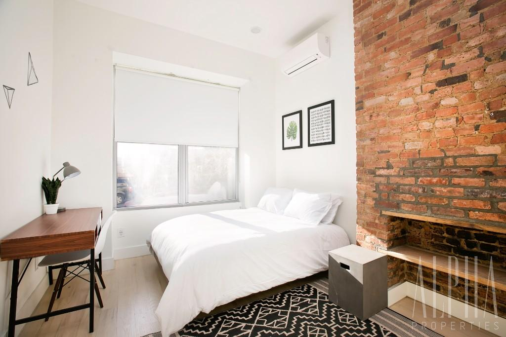 4 Bedroom Apartment in Brooklyn