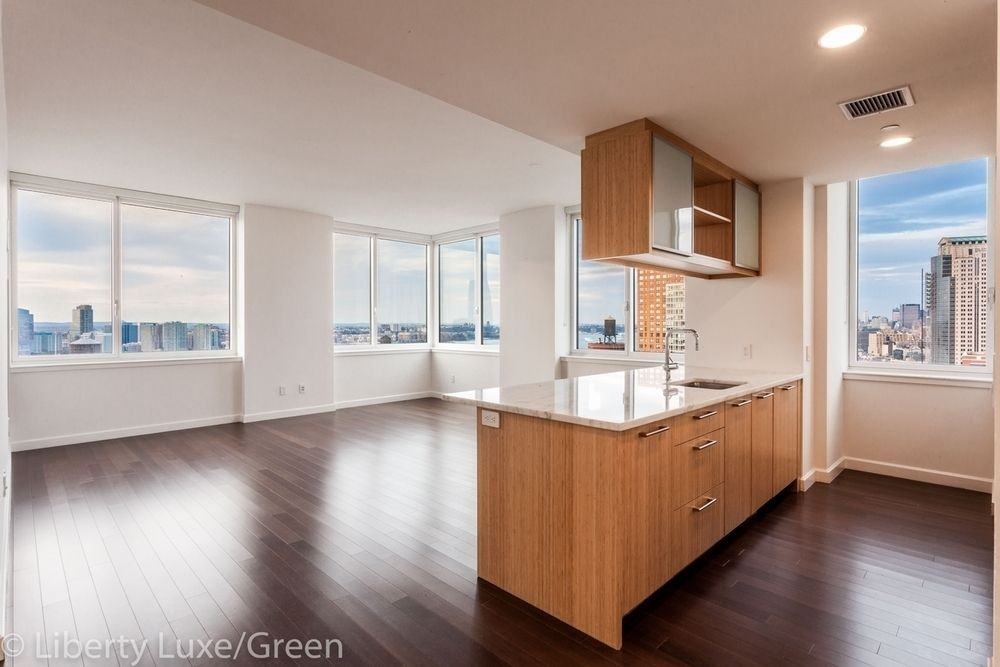 3 Apartment in Battery Park City