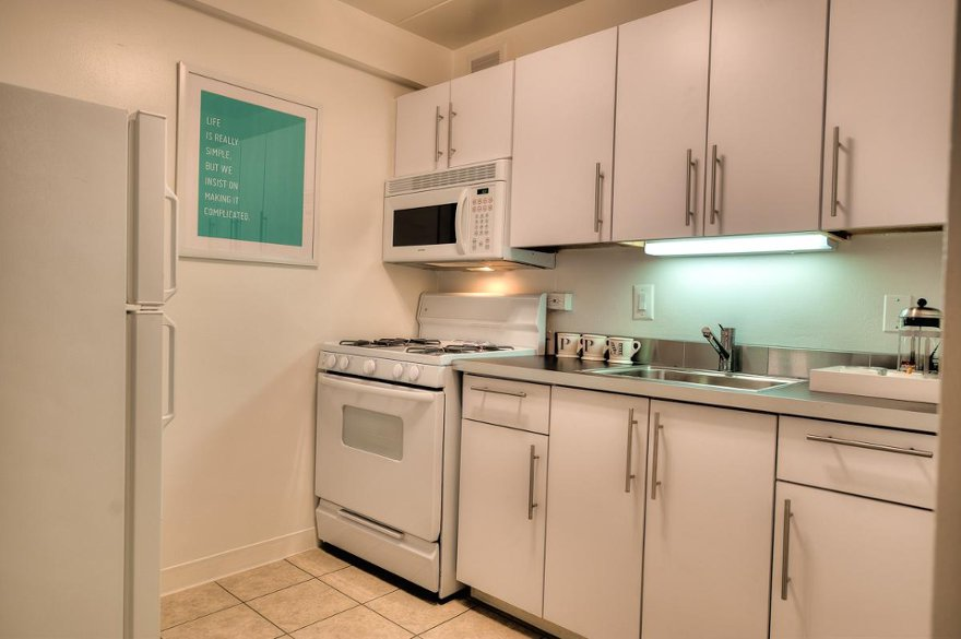 500 W Belmont, #2A, Chicago, IL 60657 | Chicago Apartments