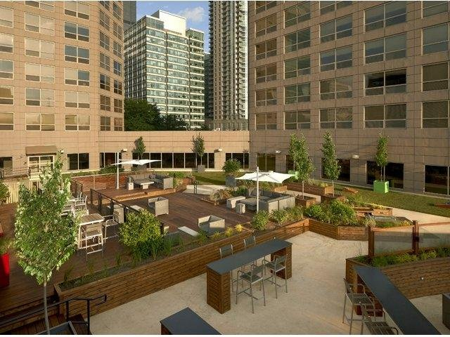 City Of Madisons Near West Side Is One >> 555 W Madison 02 1503 Chicago Il 60661 Chicago Apartments