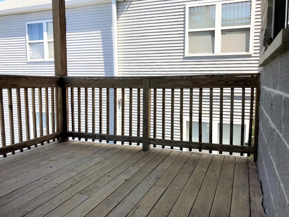 1st Deck