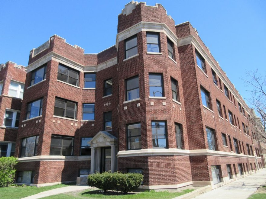 Astounding N Sheridan Chicago Apartments Rogers Park 3 Bedroom Download Free Architecture Designs Xaembritishbridgeorg