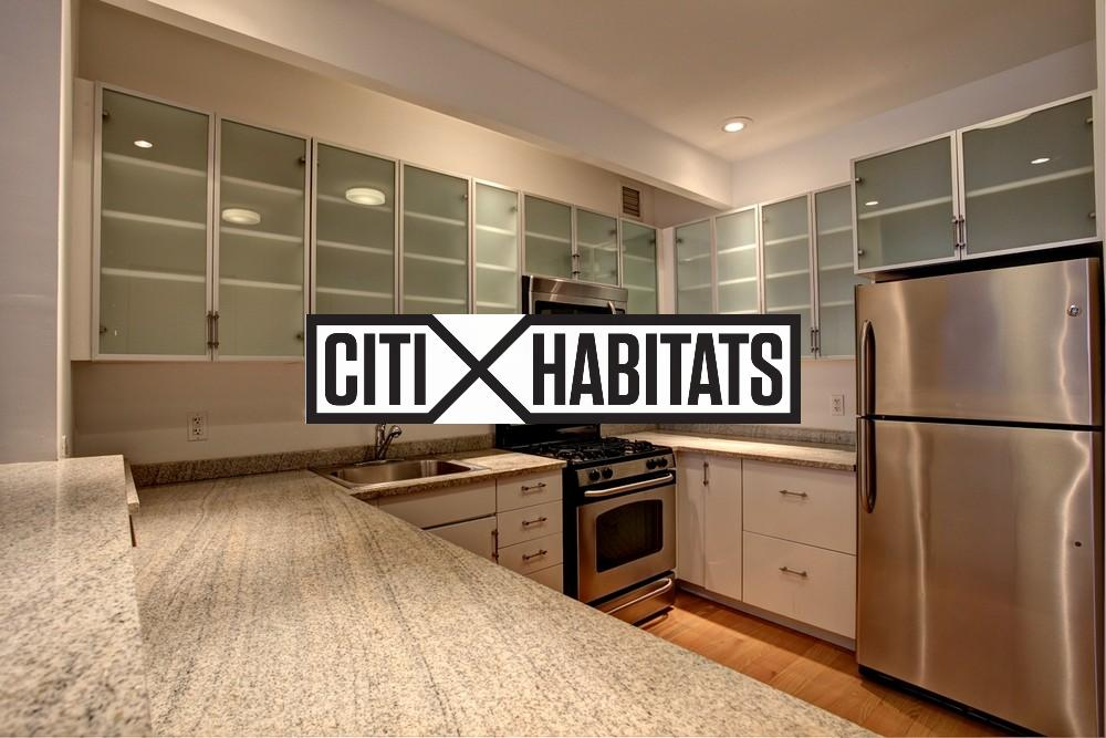 2.5 Apartment in Financial District