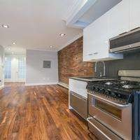 3 Apartment in Little Italy
