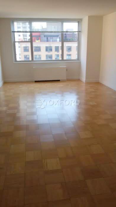 1 Apartment in Sutton Place