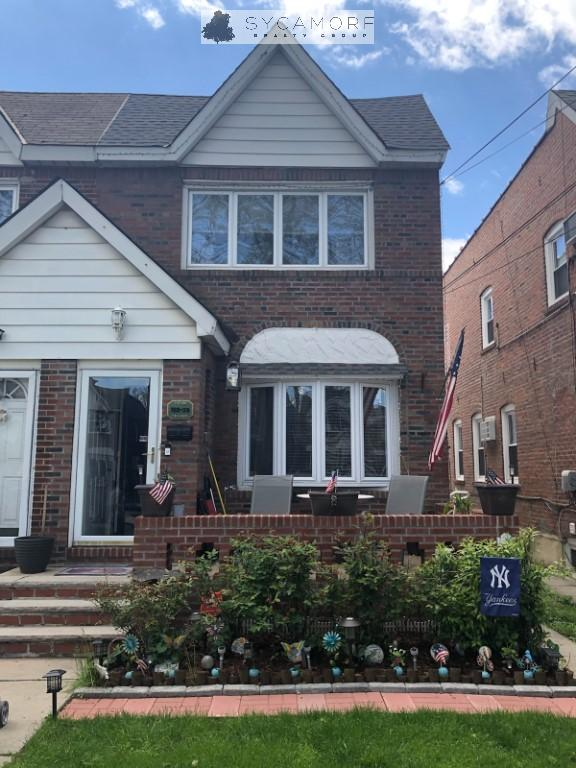 3 House in Ozone Park