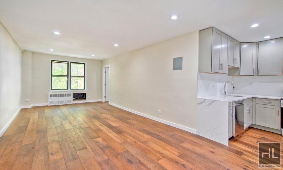 665 Thwaites Place 3F Pelham Parkway Bronx NY 10467