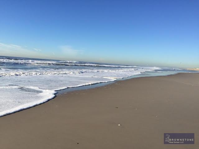 BEACH 131 ST.