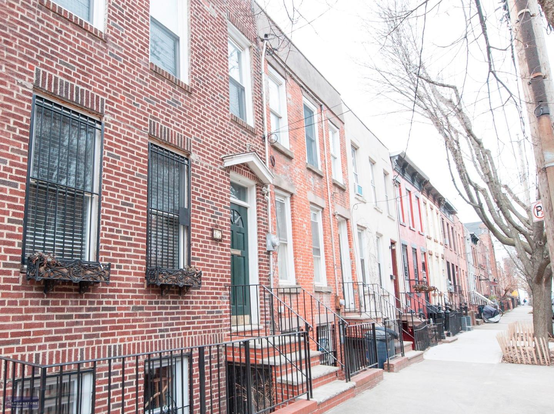 87 Pioneer Street, #