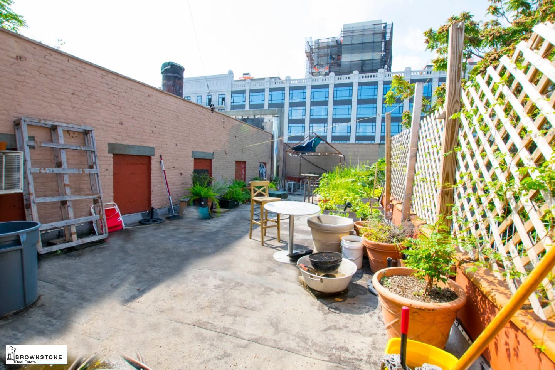 254 Roof Deck