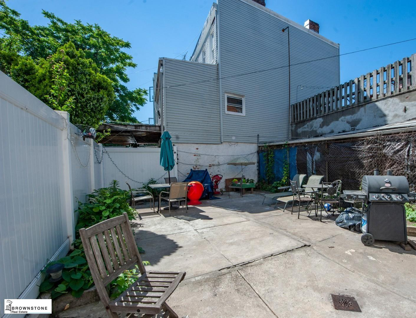 609 6TH AVE., #2