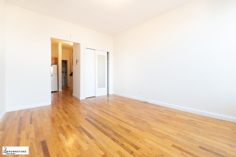 Main Room (Reverse)