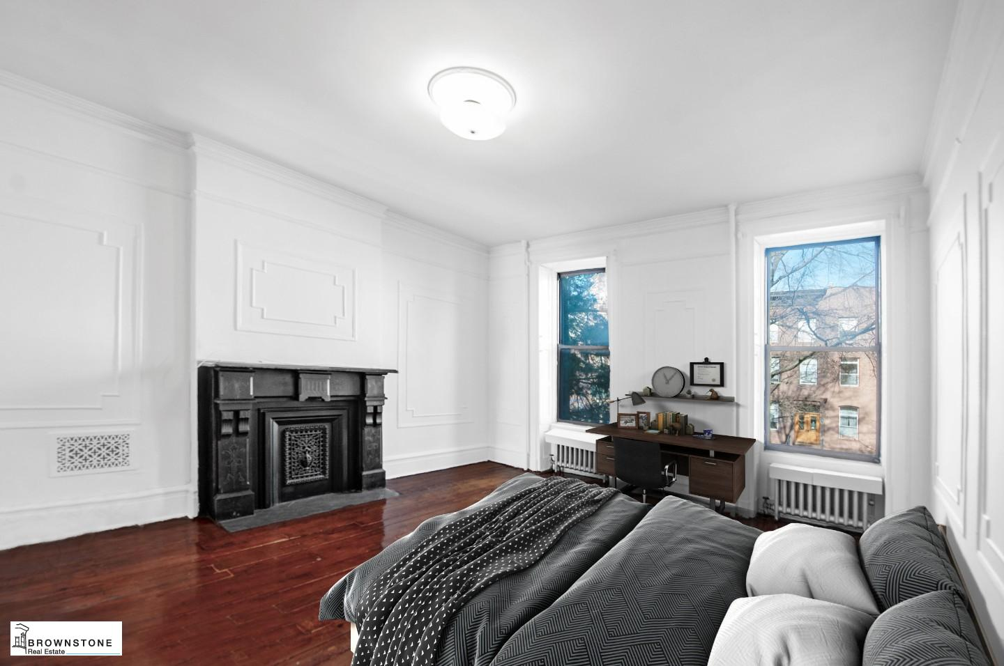 Bedroom (Virtually Staged)