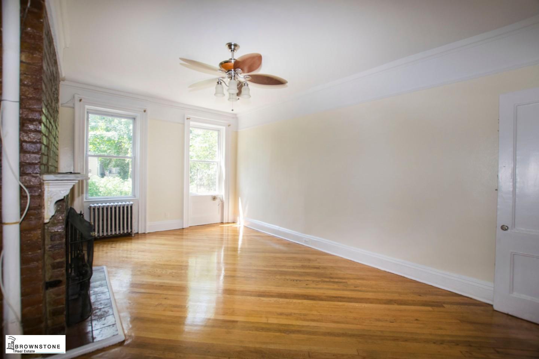 Reverse 1st fl living space