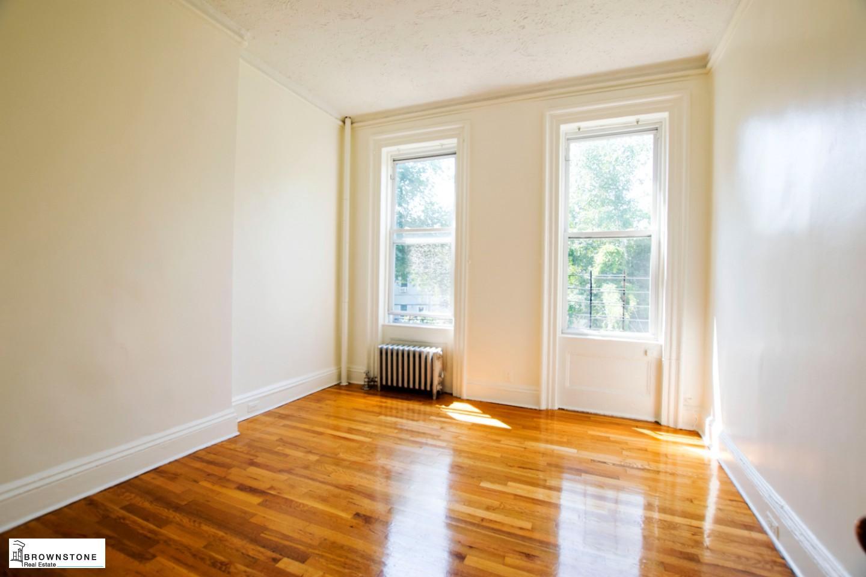 Reverse middle floor bedroom 2