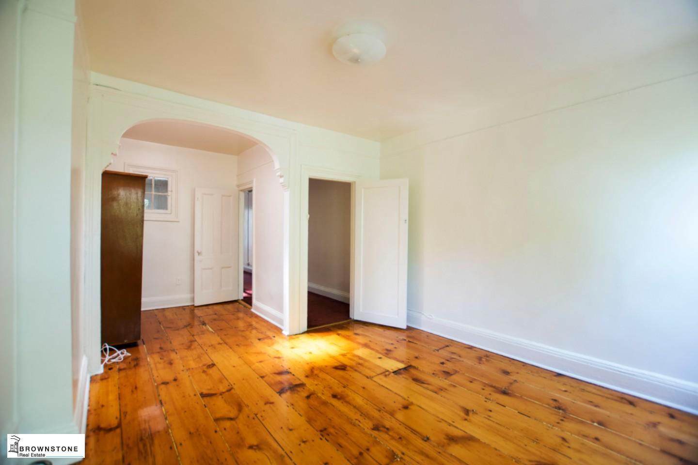 Top floor bedroom 2