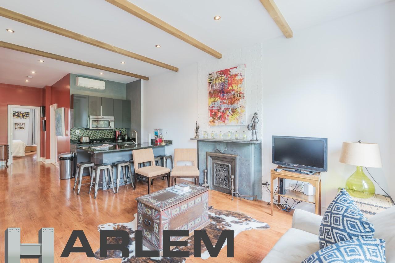 Living Room | 4th Floor