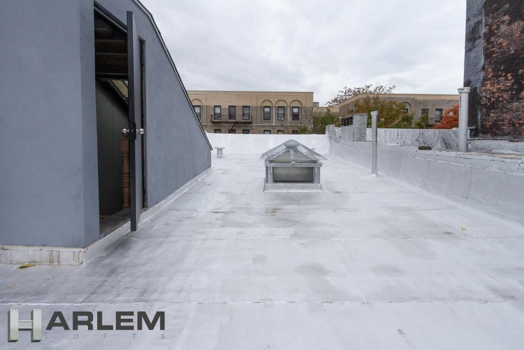 Roof Bulk Head