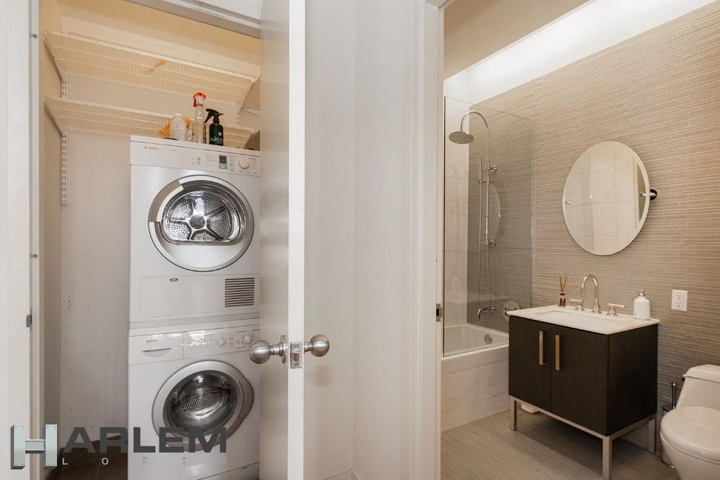 Bathroom | Laundry Closet